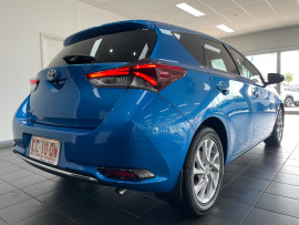 2015 Toyota Corolla ZRE182R Ascent Sport Hatchback Image 5