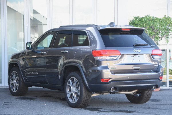 2019 Chrysler Grand Cherokee LIMITED 4x4 3.0LT/D 8Spd Auto Wagon Image 3