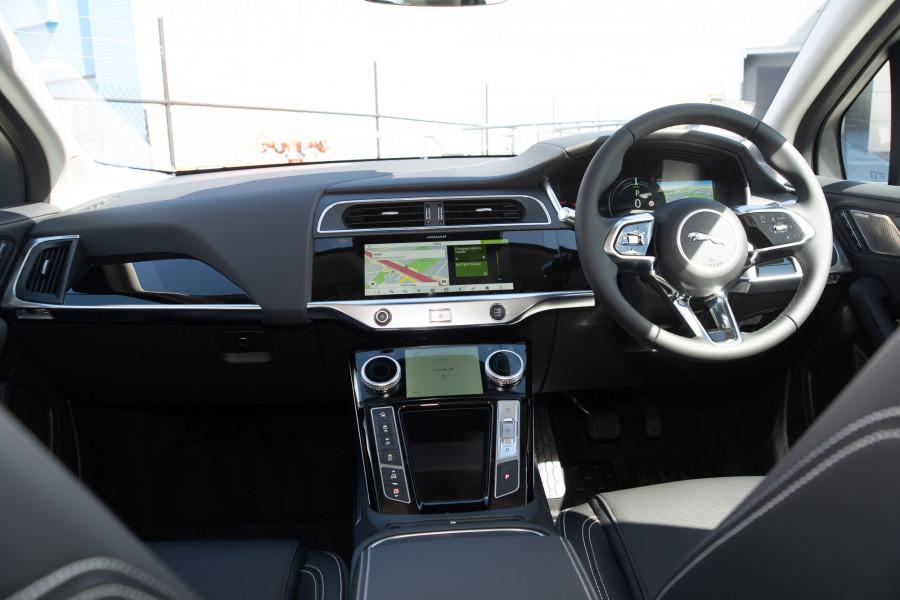 2019 MY20 Jaguar I-PACE X590 SE Hatchback Mobile Image 10