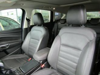 2016 Ford Escape ZG Titanium Suv image 28