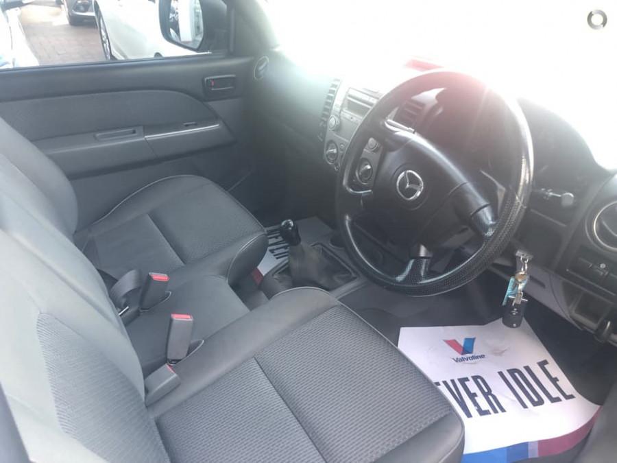 2010 Mazda BT-50 UNY0W4 DX Cab chassis - single cab