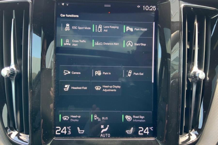 2018 MY19 Volvo XC60 246 MY19 D5 R-Design (AWD) Suv Mobile Image 14