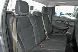 2020 MY21 Isuzu UTE D-MAX SX 4x4 Crew Cab Ute Utility Mobile Image 16