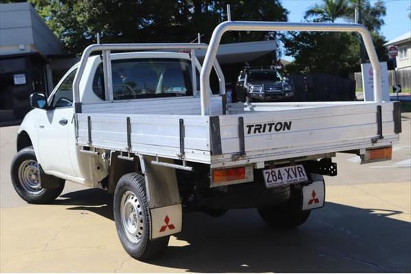 2013 Mitsubishi Triton MN MY13 GL Cab chassis Image 3