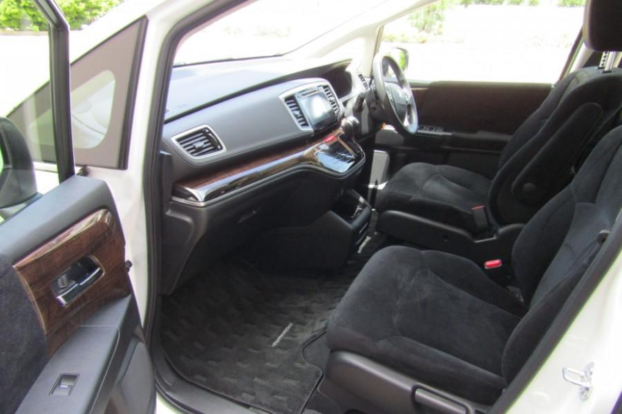 2016 Honda Odyssey 5th Gen VTi Wagon Image 9