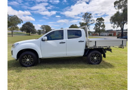 2017 Isuzu UTE D-MAX 4x2 SX Crew Cab Chassis High-Ride Cab chassis Image 4