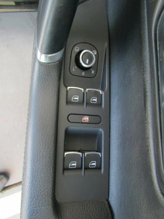 2010 Volkswagen Passat Type 3CC MY10 125TDI DSG CC Coupe image 17