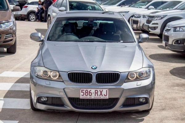 2008 BMW 320i E90 08 Upgrade Executive Sedan Image 3