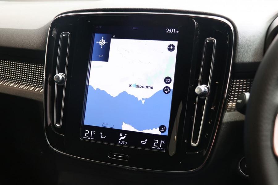 2021 Volvo XC40 XZ T5 R-Design Suv Image 8