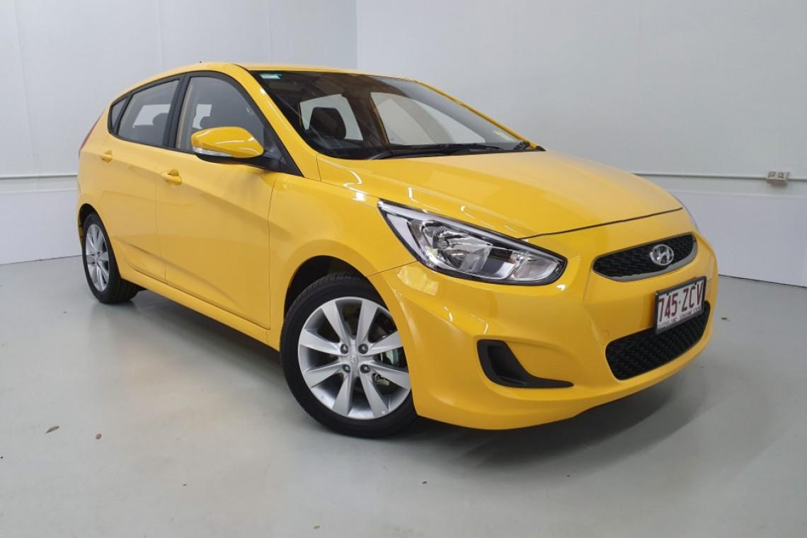 Demo 2019 Hyundai Accent Sport Hatch 430029964 Cairns