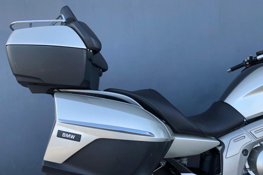 2011 BMW K1600 GTL Motorcycle Image 21