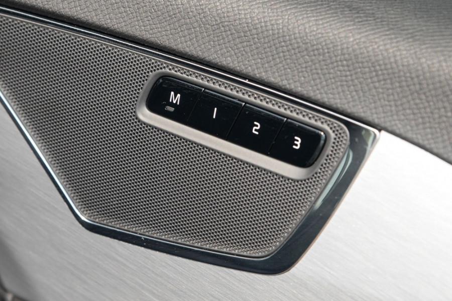 2018 MY19 Volvo XC90 L Series D5 Momentum Suv Image 17