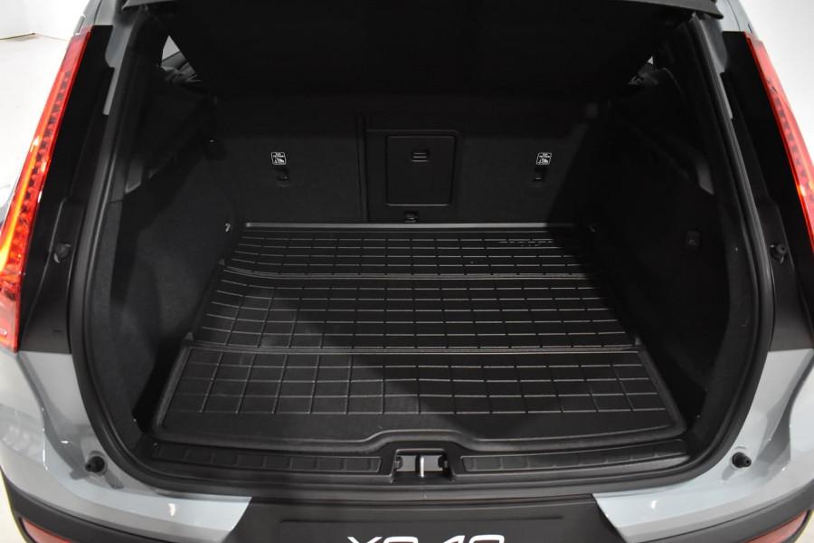 2019 Volvo Xc40 (No Series) MY19 T4 Momentum Suv Mobile Image 19