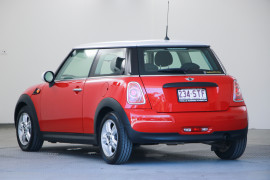 2012 Mini Hatch R56 LCI Cooper Hatchback Image 3