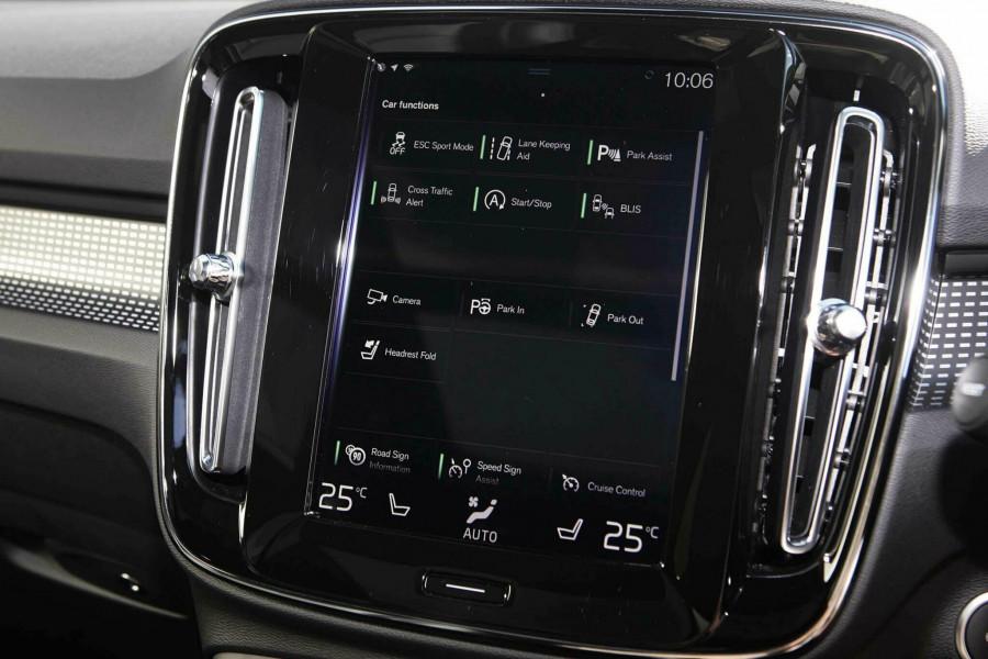 2019 Volvo XC60 UZ T6 R-Design Suv Mobile Image 15