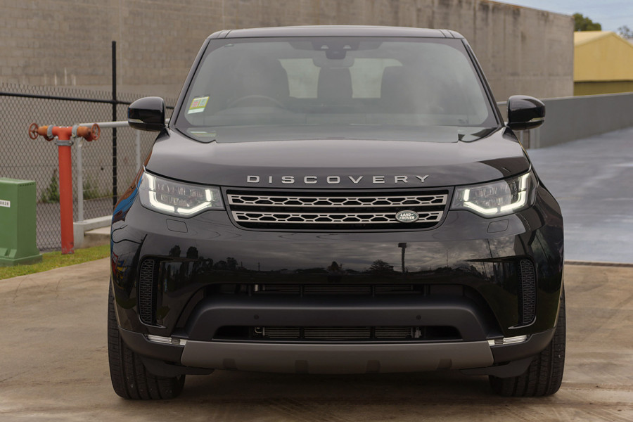 2019 Land Rover Discovery Series 5 SE Suv Mobile Image 3