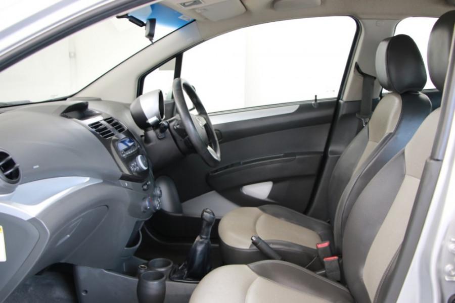 2010 MY11 Holden Barina Spark MJ MY11 CDX Hatch Image 6