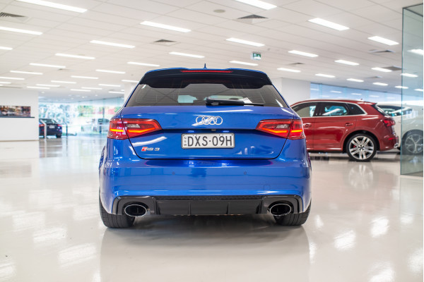 2016 Audi RS 3 Sportback 8V 2.5 TFSI Quattro S-tronic Hatchback Image 5