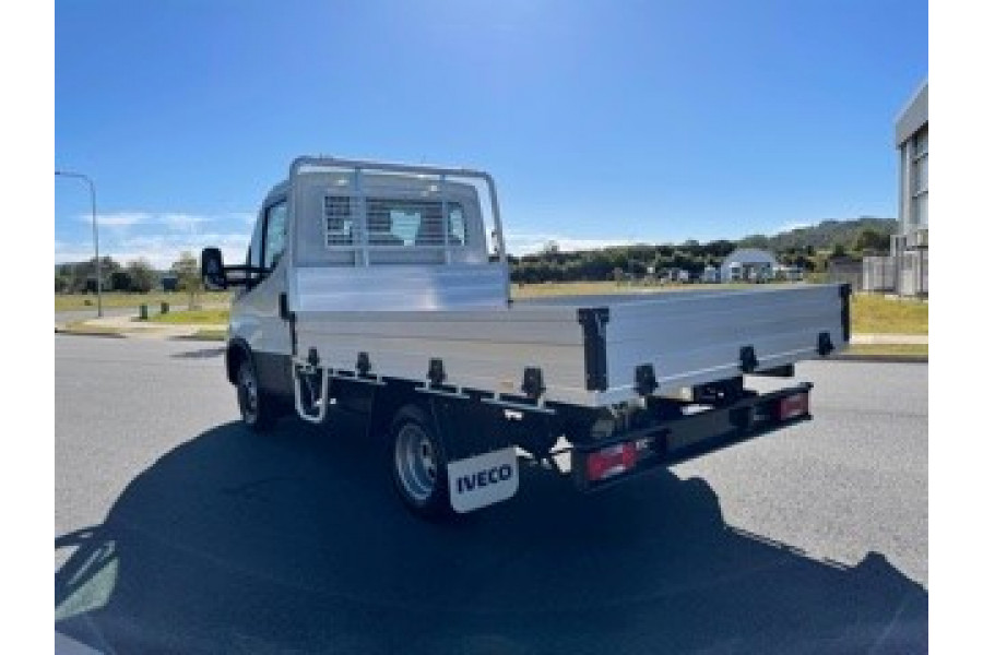 2021 Iveco 45c18ha8 45C18HA8 3m WHEELBASE Truck