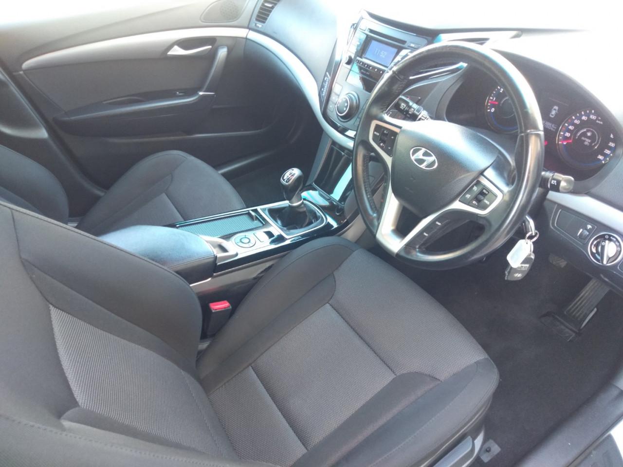 2013 Hyundai I40 VF2 ACTIVE Wagon Image 15