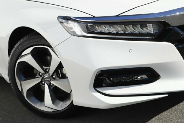 2020 MY19 Honda Accord 10th Gen VTI-LX Sedan Image 2