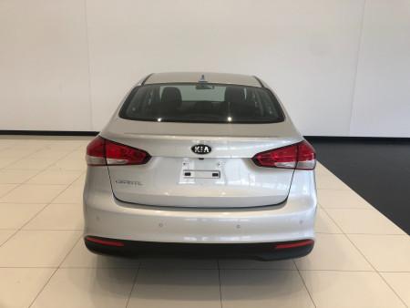 2017 Kia Cerato YD S Sedan Image 5