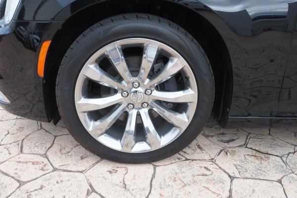 2015 MY16 Chrysler 300 LX MY16 C Sedan Image 3