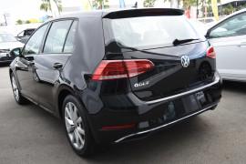 2019 Volkswagen Golf 7.5 110TSI Comfortline Hatchback Image 3