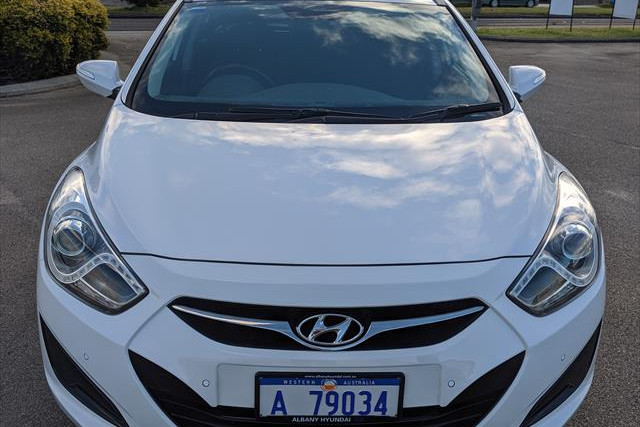 2013 MY12 Hyundai I40 ACTIVE Wagon Image 2