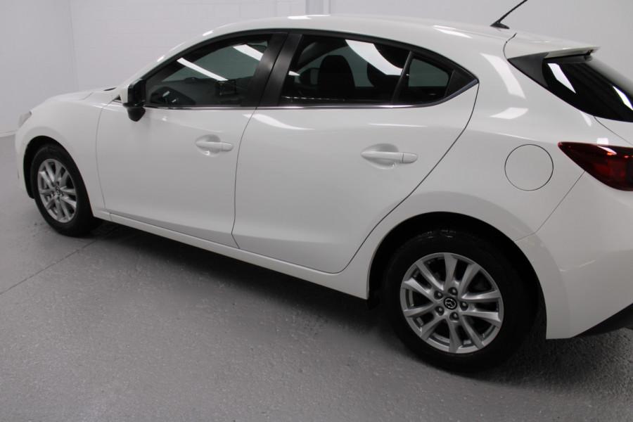 2015 Mazda 3 Maxx Image 3