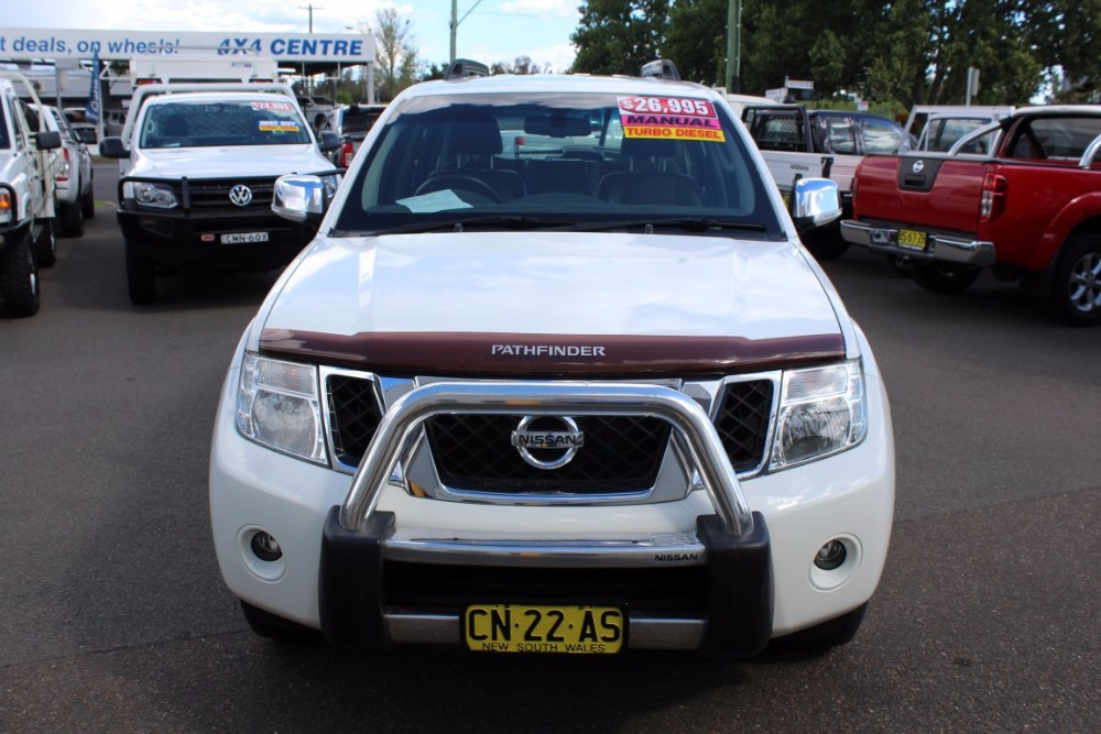 used 2012 my10 nissan pathfinder r51 st wagon for sale in. Black Bedroom Furniture Sets. Home Design Ideas