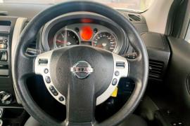 2010 Nissan X-Trail T31  TS Suv Mobile Image 13