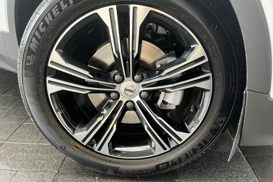2022 Volvo XC40 T4 Inscription