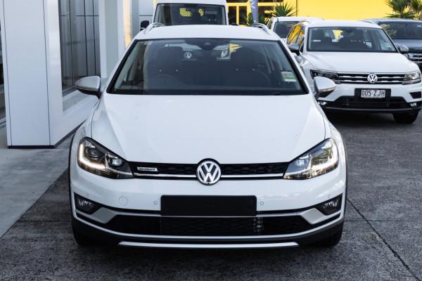 2020 MY0  Volkswagen Golf 7.5 Alltrack 132TSI Premium Wagon Image 4