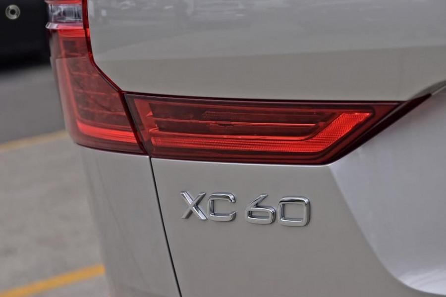 2020 Volvo XC60 UZ T5 Momentum Suv Image 9