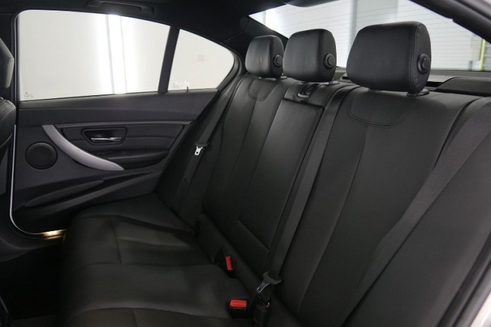 2013 BMW 3 Series F34 MY0613 328i Hatchback Image 20