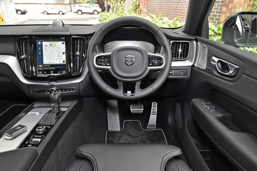 2020 Volvo XC60 UZ T6 R-Design Suv Mobile Image 3
