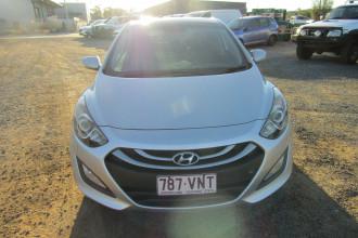2013 MY14 Hyundai i30 GD2 Premium Hatchback Image 2