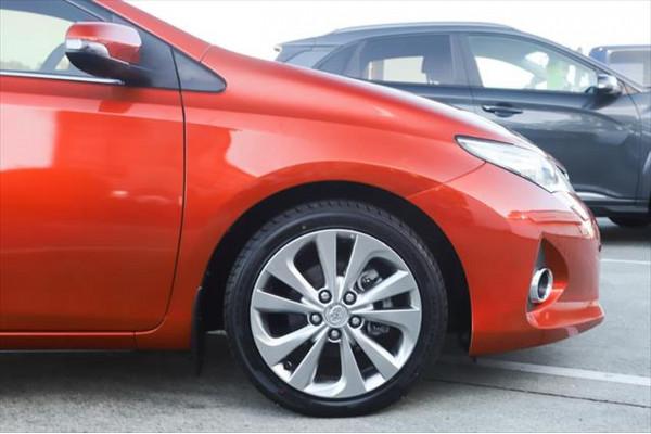 2013 Toyota Corolla ZRE182R Levin ZR Hatchback Image 5