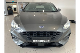 2020 MY21 Ford Focus SA ST-Line Hatchback Image 2