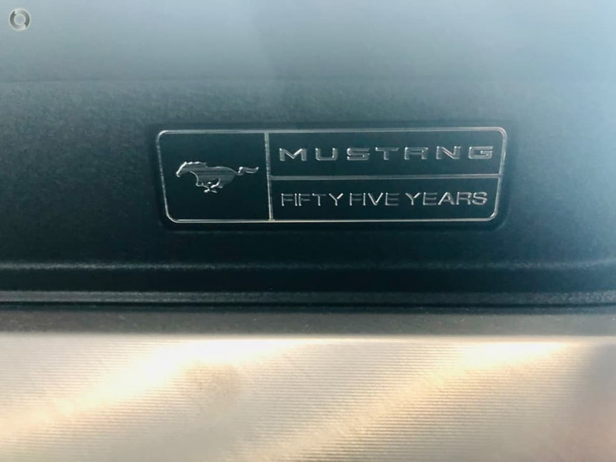 2020 Ford Mustang Image 19