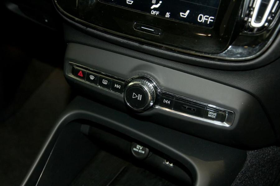 2019 MY20 Volvo XC40 XZ T4 Inscription Suv Image 13