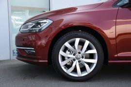2020 Volkswagen Golf 7.5 110TSI Highline Hatchback Image 5
