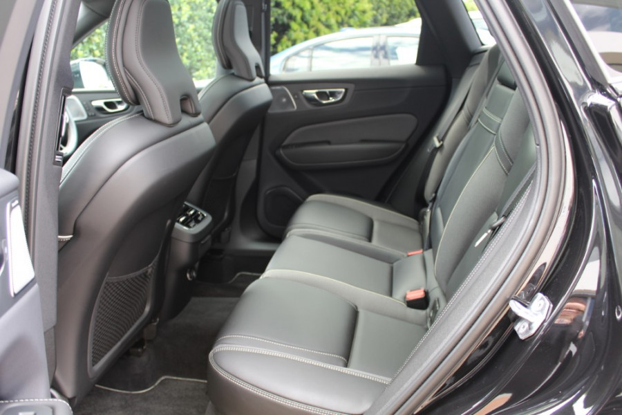 2019 MY20 Volvo XC60 UZ T6 R-Design Suv Image 7