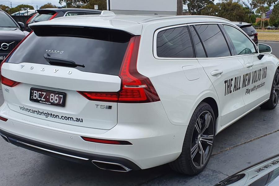 2020 Volvo V60 T5 Inscription T5 Inscription Wagon Mobile Image 12