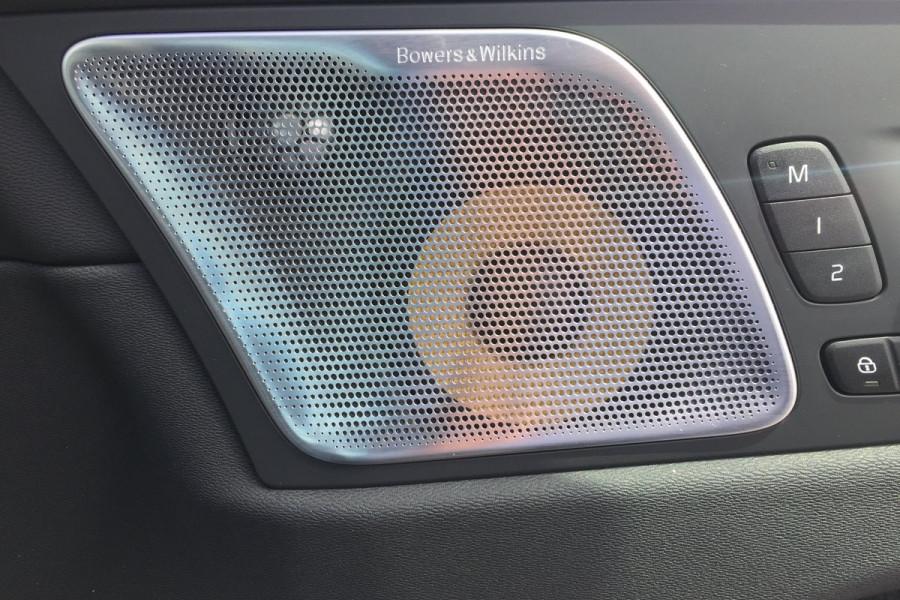 2019 Volvo XC60 UZ T6 R-Design Suv Image 16