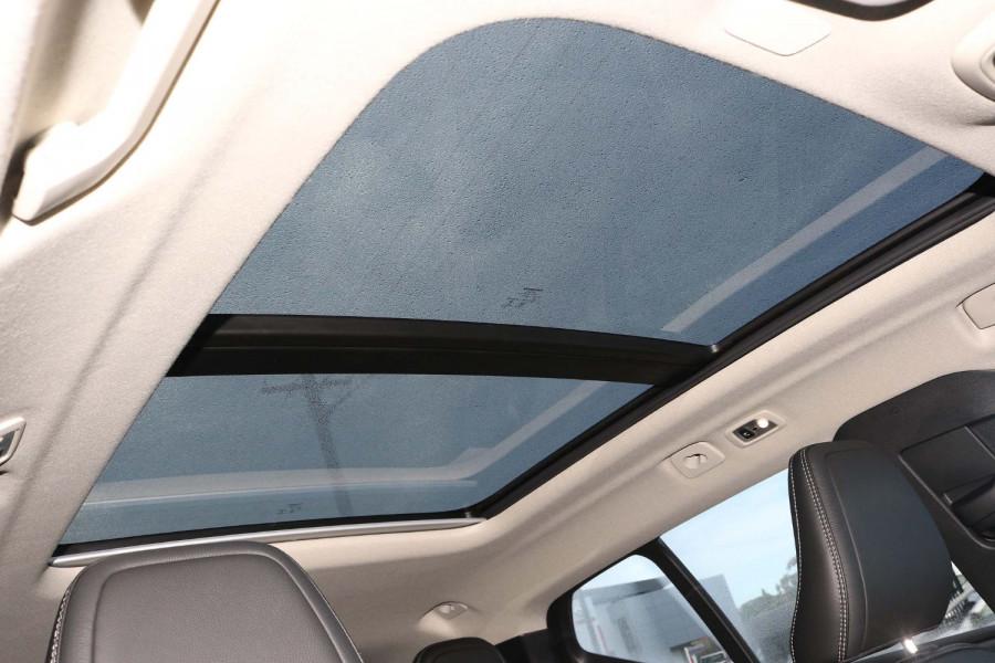 2021 MY20 Volvo XC40 XZ T4 Momentum Suv Image 18