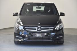 2015 Mercedes-Benz B-class W246 B200 CDI Hatchback Image 2
