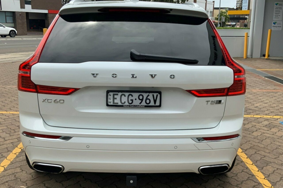 2018 MY19 Volvo XC60 246 MY19 T5 Inscription (AWD) Suv Mobile Image 5