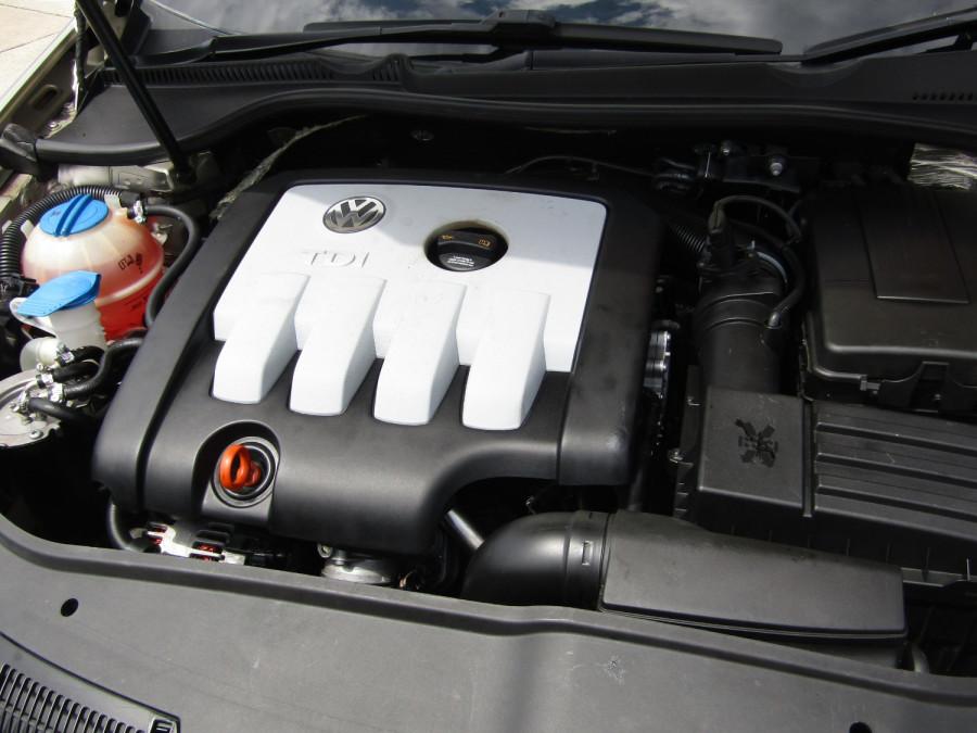 2007 Volkswagen Jetta 1KM  TDI Sedan Image 17